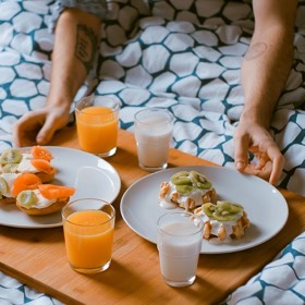 SH Health Breakfast in bed SH Health couch sleeper Back Pain Posture Top Tips for Health back Sleeping Position Shine Church Street and Newington Green Osteopath Osteopathy