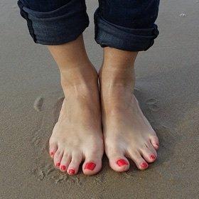 SH Beauty beach nails Shine Beauty summer nails manicure pedicure cuticles moisturise diet nutrition N16 London church street newington green