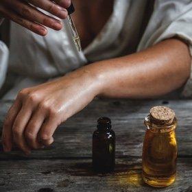 SH Health oil hands